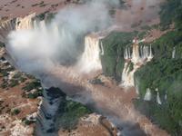 Helikopterflug über die Iguazu-Wasserfälle