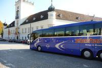 Kloster Heiligenkreuz, mit Premium Reisebus