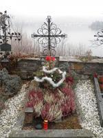 013 Friedhof nach Weihnachten