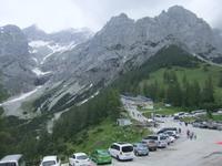 An der Talstation der Dachsteinbahn