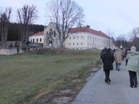 Auf dem Weg zum Schloss Mayerling