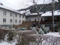 Am 26. Dezember zeigt sich unser Hotel doch noch winterlich