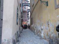 Gasse zum ältesten Restaurant der Stadt