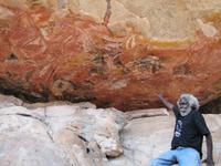 Wandmalereien am Injalak Hill