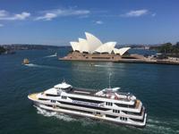Einschiffung auf der Sun Princess - Blick auf das Opernhaus
