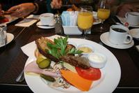 Frühstück auf dem CN-Tower