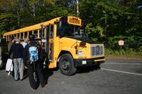 Typischer kanadischer Schulbus