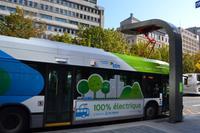 Stadtrundfahrt Montréal - Aufladestation für elektrische Busse