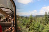 Zugfahrt nach Jasper - die Rocky Mountains kommen in Sicht