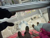 Blick nach unten vom Calgary Tower