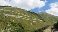 121 Fahrt mit der Furka-Dampfbahn - Blick zur Grimselstrasse