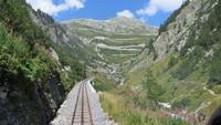 138 Fahrt mit der Furka-Dampfbahn - Blick zur Grimselstraße