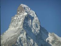 So begrüßt uns das Matterhorn nach unserem ersten Frühstück in Zermatt