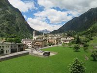 Fahrt mit dem Bernina-Express -Blick nach Brusio