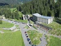 Blick vom Säntis zum Hotel Säntis