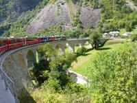 Fahrtimpressionen Bernina-Express (Kreisviadukt von Brusio)