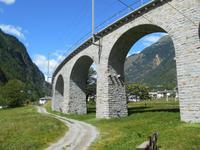 Fahrt mit dem Bernina-Express (Kreisviadukt von Brusio)