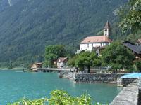 Blick zur Kirche von Brienz