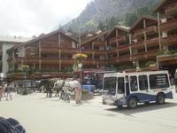 Bahnhofsvorplatz in Zermatt