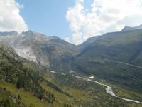 Fahrt auf den Grimselpass (Blick zum Rhonegletscher und zur Furka-Passstrasse)