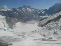 Fahrt mit der Jungfraubahn (Panorama von der Station Eismeer)