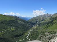 145 Fahrt auf der Furka-Pass- Strasse - Stopp am Hotel Belvedere - Blick nach Gletsch