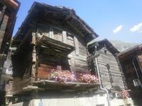 typische Walliser Holzhäuser