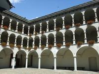 Im Palasthof