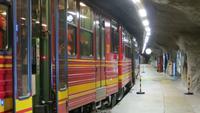 0030 Ausflug zum Jungfraujoch - Jungfraubahn an der Station Eigerwand