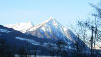 0099 Interlaken - Morgenstimmung - Blick zum Niesen