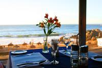 Abendessen mit Blick auf den Pazifik