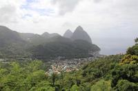Die Pitons auf St. Lucia