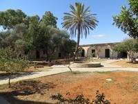 Innenhof des St. Barnabas-Klosters