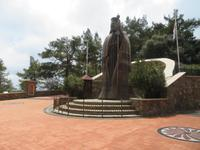 Zinnstatue des Erzbischofs Makarios III