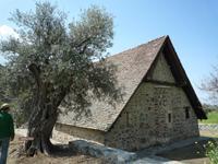 Scheunendach-Kirche im Trodos-Gebirge