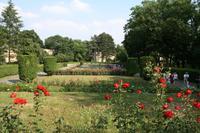 Auch die wunderbaren Gärten waren nicht zu verachten. Im Hintergrund die berühmte Hungermauer.