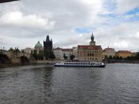 Ufer der Prager Altstadt.