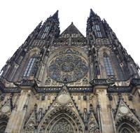 Gotische Westfassade des Doms St. Veit