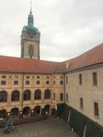 Hof des Schlosses Melnik