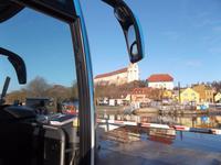 Fährüberfahrt mit Bus über die Saale in Wettin