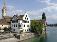Kloster am Rheinufer