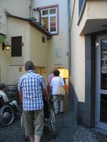 Durchgang durch das kleinste Stadttor, Fuchsloch