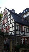 schöne alte und renovierte Fachwerkhäuser ziehen unsere Blicke an