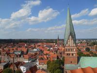 Lüneburg (Ausblick vom Wasserturm auf die Dächer der Stadt)