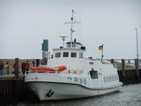 Mit dem Fahrgastschiff