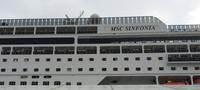 MSC SINFONIA im Hafen von Warnemünde