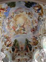 Die Kirchendecke in Steinhausen