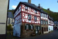 093 Vulkaneifel, Monreal, Fachwerkperle im Elzbachtal