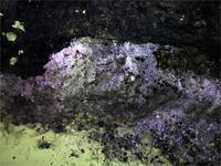Lila Mineralien in der Feengrotte