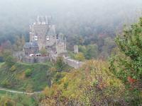 Blick zur Burg Eltz